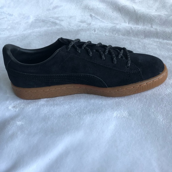 official photos 0678f fc3be Puma Basket Classic Winterized Jr NWT